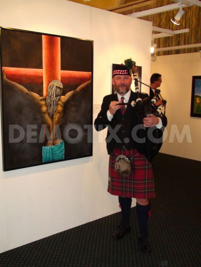 Scottish bagpipe musician Antoin Doherty nex to anche Cristo si vergogna oil painting by Roberto Lucato from Italy